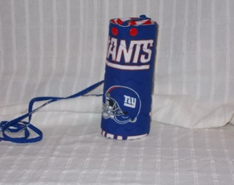 New York Giants Water or Beer Bottle Cooler - Assorted Lining Prints
