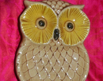 Vintage 70s Owl Soap Dish or Spoon Rest Bathroom or Kitchen Decor