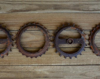 Vintage Corn Planter Plates, Farm Salvage, Farm Implement, Rusty Farmhouse, Rusty Metal, Gear Wall Decor, Rusty Farm Equipment, Industrial