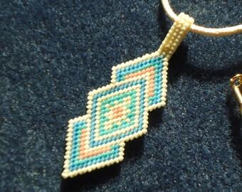 Beaded Necklaces, Pendant necklaces, Beaded necklaces, Bead weaving, Spring necklace, Spring jewelry, Southwestern, Boho, Chic