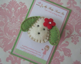 Girl hair clips - Christmas hair clips - puppy hair clips - girl barrettes