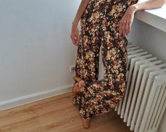 70s jumpsuit / overall / romper / vintage jumpsuit / palazzo pants/flared pants /Extreme wide leg pants /Floral /wide leg /maxi pants / S-M