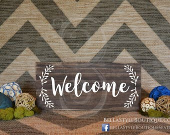 "Welcome 12"" Wood Sign with Wreath"