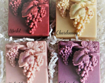 Stunning Grape & Leaf Wine Soap Gift Set-4 Soaps and 2 Beaded Wine Charms-Fragrance Chardonnay-Cabernet Sauvignon-Merlot-Pink Champagne