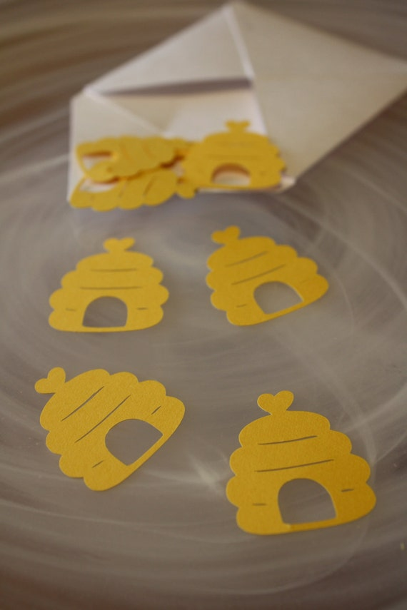 Items Similar To Bumble Bee Hive Heart Table Confetti