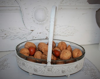 Basket in metal and its glass container