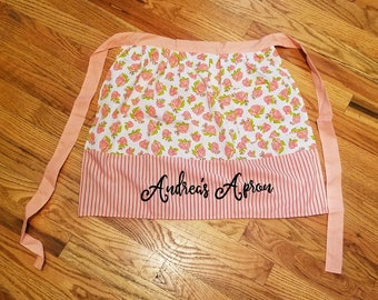 Custom Spring Apron, Personalized apron, Mother's Day gift, Custom apron, Grandmother gift, Kitchen gift