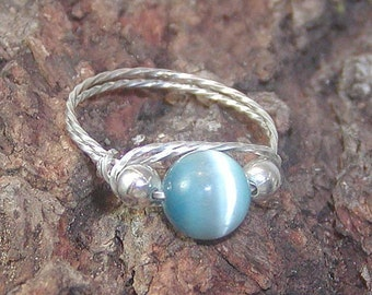 Aqua Blue Ring - Sterling Ring - ON SALE Caribbean Blue Cats Eye Bead Silver Wire Ring sz 6 - Wire Ring - Bead Ring - Twist Wire Ring