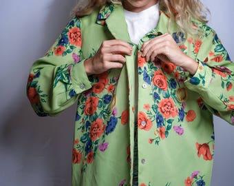 VINTAGE Flower Covered Lounge Shirt