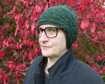 Dark green 100% wool hat hand knit