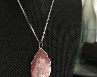 Vintage enamel leaf necklace, enamel leaf pendant necklace, vintage leaf necklace, enamel leaf necklace, leaf necklaces, enamel pendant N330