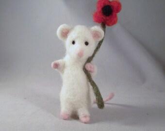 Needle Felted Mouse, Felted Mice, Needle Felted Animal, Felted Wool Mice, Felt Animals, Felted Animals, White Mice, Mouse, Needle Felt, Mice