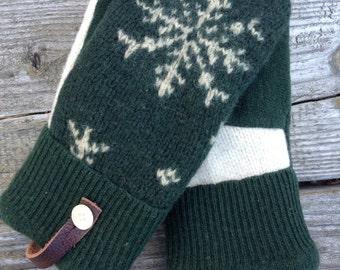 Hunter Green Snowflake Sweater Mitten
