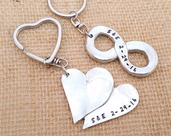 Couples key chain set - Double Heart and Infinity Key Chains - Couple's Gift  - Personalize Key Chain - Wedding Keychains - Valentine's day