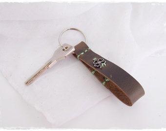Four Leaf Clover Keyfob, Eternity Keyring, Men's Leather Key Fob, Key Ring For Her, 3rd Anniversary Gift, Lucky Charm keyfob