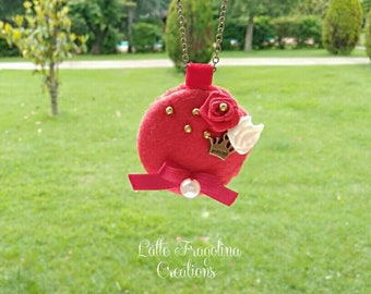 Alice in wonderland, felt macaron necklace, style red queen - Handmade, bronze color chain