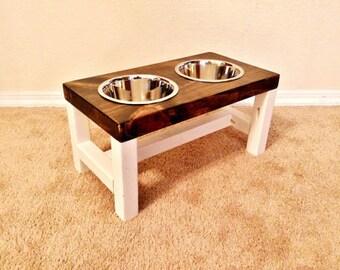 Elevated dog bowl, Medium dog feeder, Dog bowl, Dog lover gift, Dog bowls, Dog bowl stand, Pet furniture, Farmhouse decor, Raised dog bowl