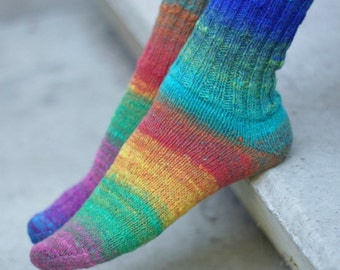 Hand knitted women wool Socks colorful striped autumn fashion green red unisex Noro rainbow