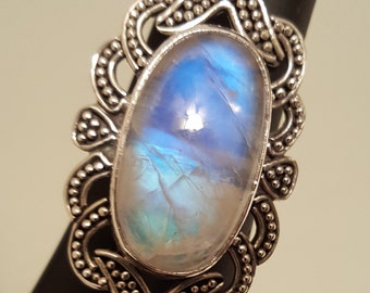 Bold Top Fire Moonstone Sterling Silver Finger Ring with Filigree Border - Larger Size 11-1/2