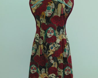 Retro style woman's cotton apron day of the dead skulls  xl/2xl