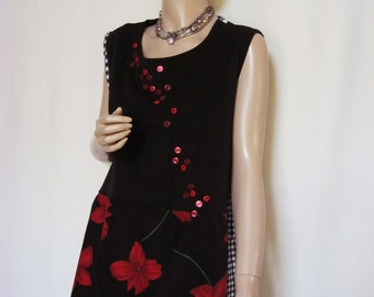 XL to 1X  Black and Red Tunic