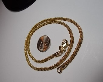 Beautiful Vintage Monet Twisted Gold Link Chain