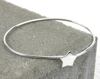 Personalised Silver Star Bangle - Free Engraving