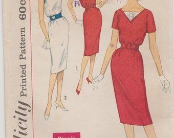 Simplicity 3433 / Vintage Sewing Pattern / Pullover Dress / Size 18 Bust 38