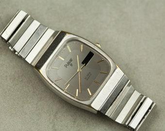 Vintage Pulsar quartz watch with silver grey dial and adjustable metal bracelet