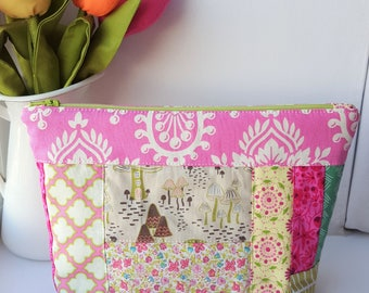Patchwork Zipper Pouch - Pink/Green  - Project Bag - Cosmetic Bag - Toadstools/Fairy Garden/Magic