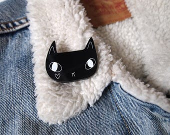 Black Cat with Heart Brooch - Black Cat Brooch - Black Cat - Cat Brooch - I like Cats - Cats - Acrylic Jewellery - Laser cut jewellery - cat