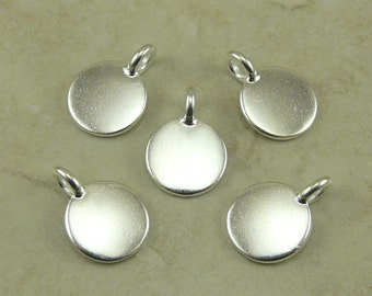 5 TierraCast Round Blank Stampable Charms > DIY Personalize Yourself Stamp - Silver Plated Lead Free pewter - I ship Internationally 2401