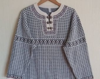 Classic Norway Knitted Winter Wool Sweater Large Size
