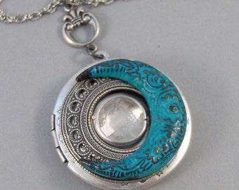 Aura Moon,Moon Locket,Necklace,Locket,Moonstone,Moonstone Necklace,Moon,Patina,Star,Star Necklace, Locket,Moon Necklace.Valleygirldesigns.