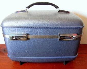 Vintage 70s American Tourister Metallic Blue Train Case / Cosmetic Case