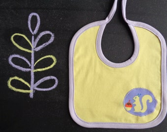 Baby cotton bib, newborn drool bib, squirrel applique, yellow purple lilac, gift for baby, animal baby shower, gender neutral, gift for mom