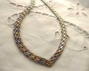 Vintage 1970/80 Solid Silver And Yellow Gold Highlights Italian V Shaped Basket Weave Effect Collar/Necklace