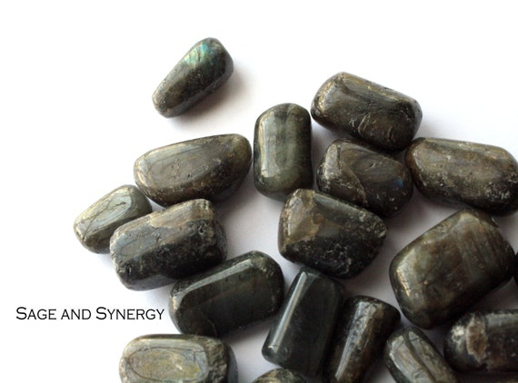 Labradorite Tumbled Gemstone, Crystals for Healing, Wire Wrapping Stone, Metaphysical Wicca Gift, Polished Meditation Stone, Green Rocks