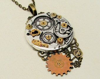 Steampunk jewelry necklace pendant. Steampunk jewelry.