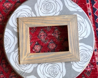 Handmade 5x7 Round Picture Frame