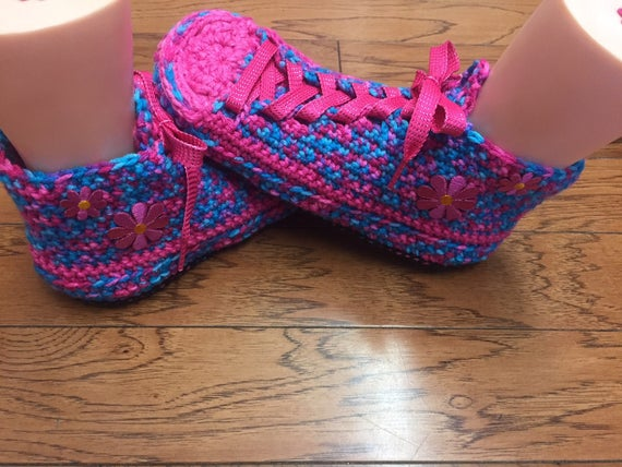 Tennis shoes slippers sneaker pink slippers Shoe daisy house 10 Womens Crocheted slippers flower 8 crocheted Slippers 165 Sneaker sneakers H60FBF8dqW