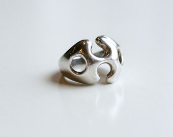 1970s sand cast rounded sterling ring / 70s vintage abstract silver bubble ring size 6