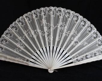 Victorian cream organza and lace fan, wedding bridal fan, vintage lace fan, antique 19th centrury ladies fan