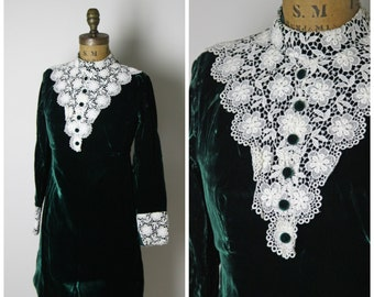 1960s Green Velvet and Lace Mod Dress