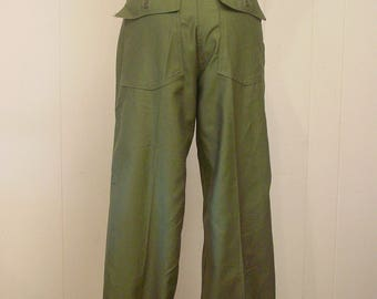 Vintage high waisted pants, 30 waist, Army pants, 1950s pants, Military pants, US Army trousers,  vintage clothing, 30 x 35, NOS