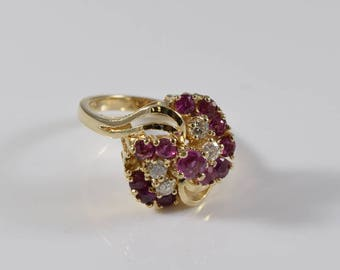 14K Vintage Yellow Gold Diamond and Ruby Ring Size 6 1/4