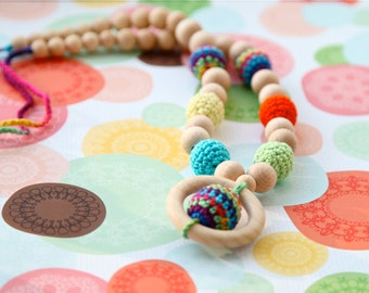 Multicolor nursing necklace. Mammy and baby teething necklace. Girls crochet necklace.