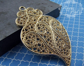 Goldtone Filigree Mendhi Paisley Pendant, boho, exotic, ornate, brass pendant, jewelry making, beading supply - reynaredsupplies