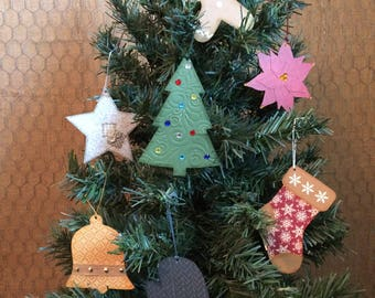 Country Style Paper Christmas Ornaments, Set of 7