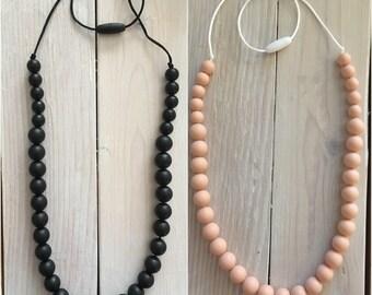 Olivia teething necklace